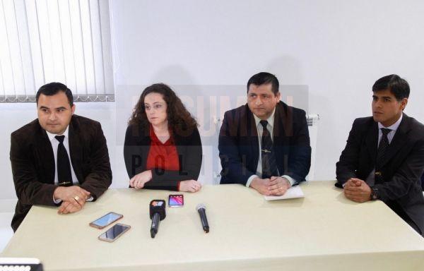 Autoridades policiales de la ciudad de Ushuaia brindaron una conferencia de prensa en la que especifícaron detalles de la investigación realizada tras el asalto del sábado a una farmacia de calle Kuanip, que derivó en la detención de Roberto Rojas de 39 años.