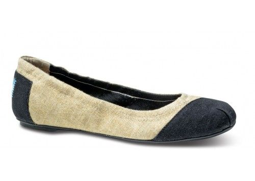 Burlap Alessandra Ballet Flats | TOMS.com #toms First Week Look #TOMS Give Back To School Contest