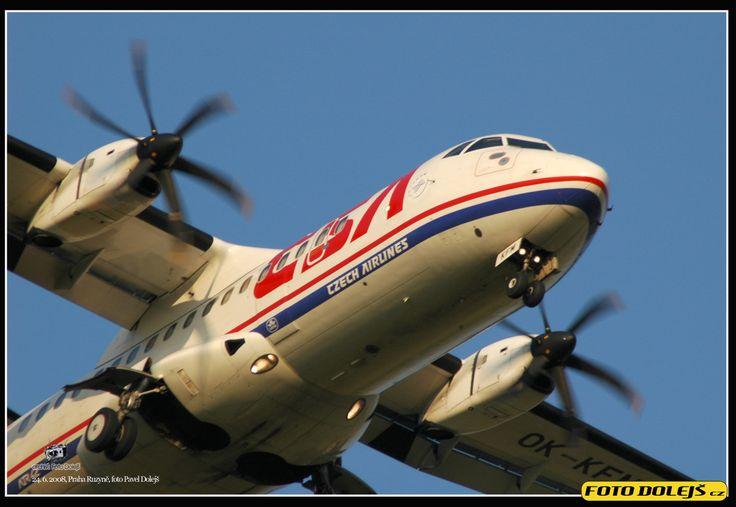 OK KFM - CSA - Czech Airlines ATR 42, Praha Ruzyně, foto Pavel Dolejš
