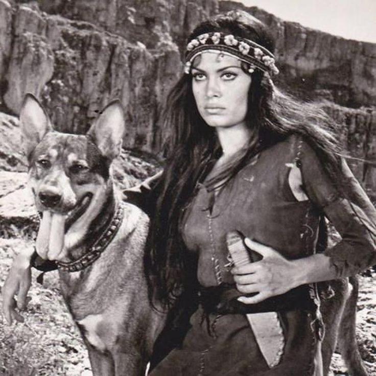 Türkan Şoray - Cemo (1972)  #türkanşoray #cemo #film #türkfilmleri #yeşilçam…
