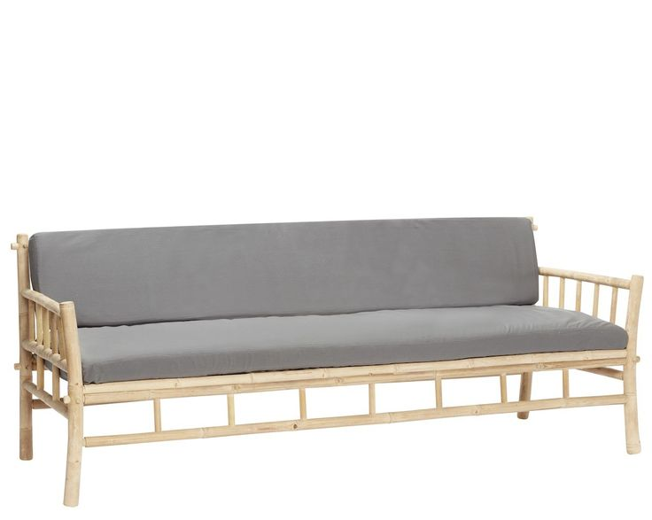 Hübsch bamboe bank met grijze kussens