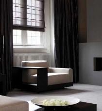 Vouw- & Gordijnen in chic dramatisch zwart. | WOONinspiratie ...