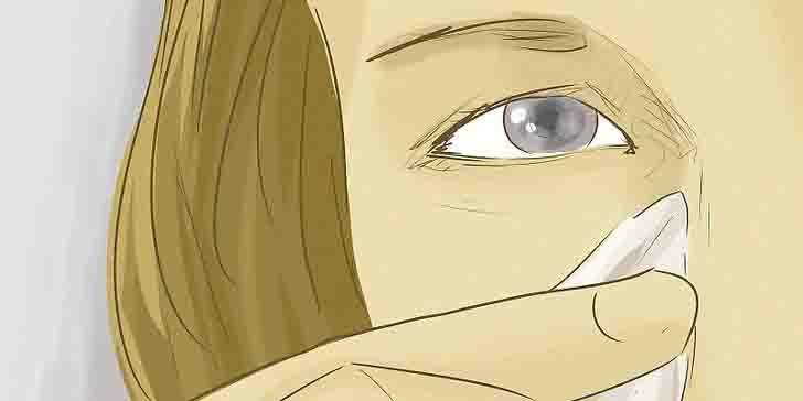 Wydaje Ci się, że worki pod oczami są nieodłącznym elementem starzenia się skóry? Nic bardziej mylnego! Wystarczą cztery składniki aby pozbyć się efektu napuchniętych oczu...