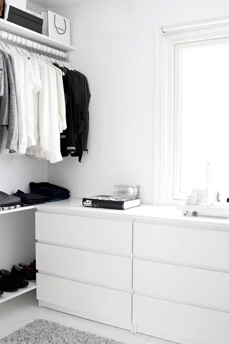 Keep your #closet #grayscale for a clean visual and easy way to dress.