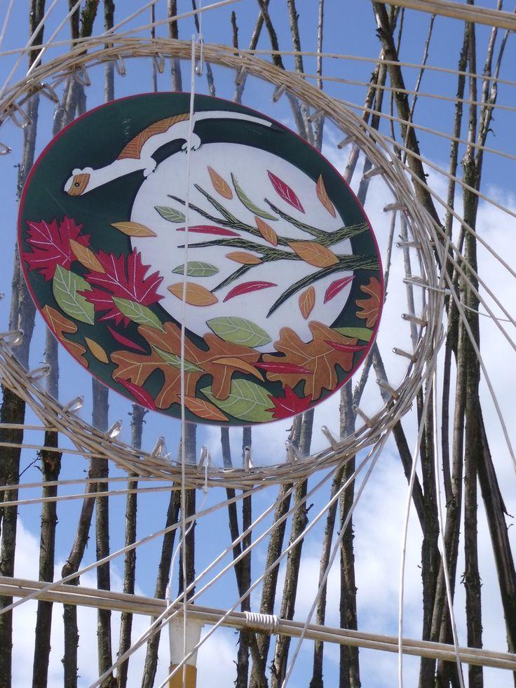 Les Maoris aux Jardins fruitiers de LaquenexyLe vent, les végétaux, l'espèce animale....tout est symbole pour les MaorisCe qui doit nous habiter ........  Le respect de cette terre qui nous est donnée