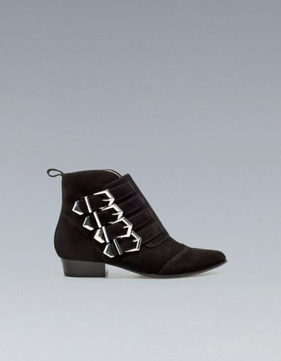FLAT ANKLE BOOT WITH BUCKLES - Ankle boots - Shoes - Woman - ZARA