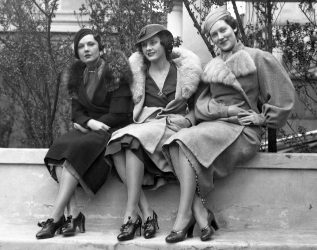 Jean early 1934 photos 1930s fashion models coats for 1930s hotel decor