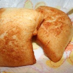 """Vetkoek is an Afrikaans word meaning """"Fat Cake"""". My husband thinks of Afrikaans cooking as famous for mixing sweet and savoury together in the same dish. In any case, this is a very popular and traditional dish in South Africa. - Vetkoek"""