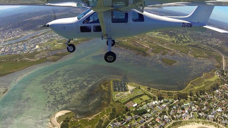 Jabiru J430 flying over Knysna SA