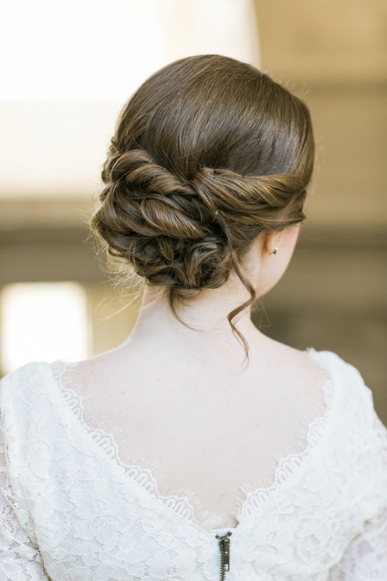 Featured Photographer: Jasmine Lee Photography; Wedding hairstyle idea.