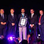 Samenvatting: IMAGINE Show van Festival City vestigt Guinness World Record met hulp van Panasonic-projectoren