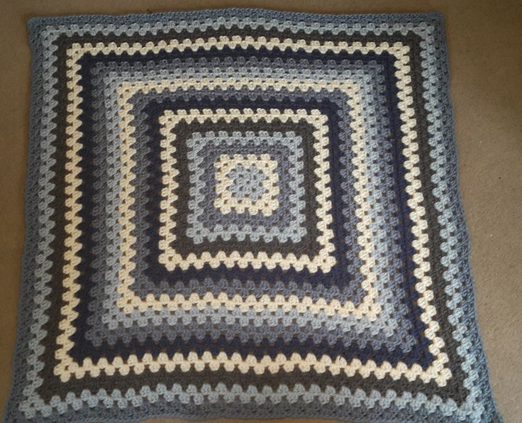 Giant Granny Square blanket using Twilleys Freedom Wool in Pearl, Moonlight, Misty Morning, Ice Blue and Slate. Pattern from Bunny Mummy. http://bunnymummy-jacquie.blogspot.co.uk/2011/10/how-to-crochet-granny-square.html