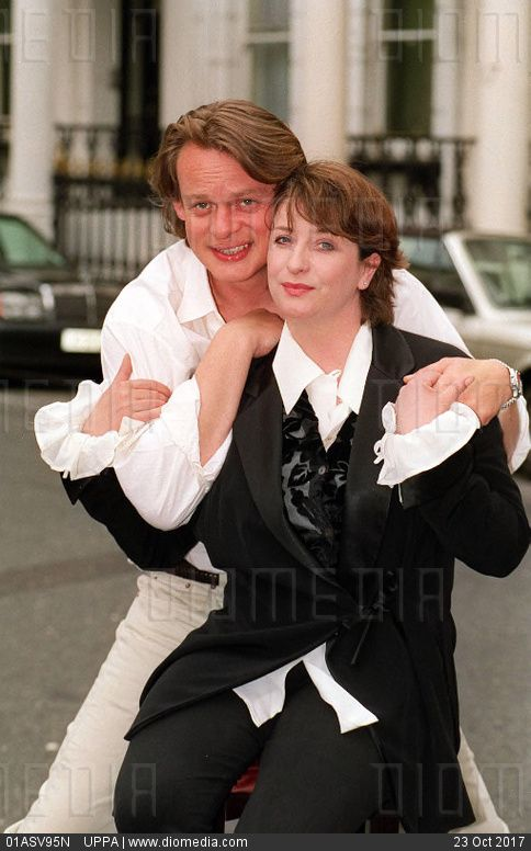 MARTIN CLUNES  British Actor  With CAROLINE QUENTIN  British Actress  (Both star in the BBC comedy series 'Men Behaving Badly')  COMPULSORY CREDIT: UPPA/Photoshot Photo  UIW  009498/A-20a     10.0... - stock photo