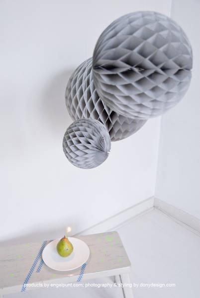 Grijs honeycomb ball