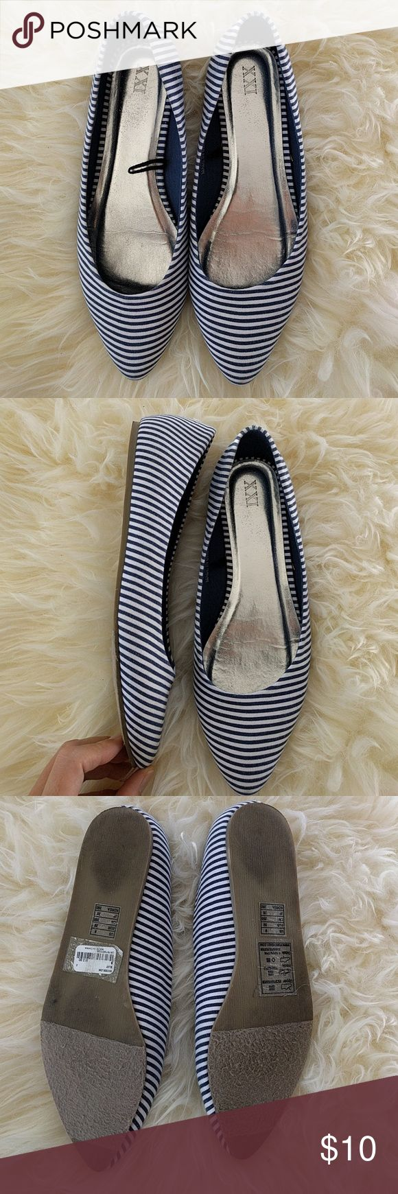 Forever 21 blue & white stripe pointed toe flat 9 Forever 21 blue and white stripe ballet flat pointed toe size 9 worn only once Forever 21 Shoes Flats & Loafers