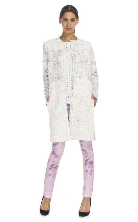 闪烁着花呢和蕾丝外套由彼得逊 - 莫达手法