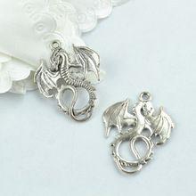 Venta al por mayor 40 unids/lote antigüedad de la aleación del encanto del metal del estilo de plata tibetana mosca del dragón colgante joyería apta que hace Z42557(China (Mainland))