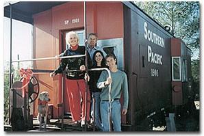 Dormir dans un wagon en Arizona, Etats-Unis : http://www.trip85.com/2011/02/21/dormir-dans-un-wagon-en-arizona-etats-unis/