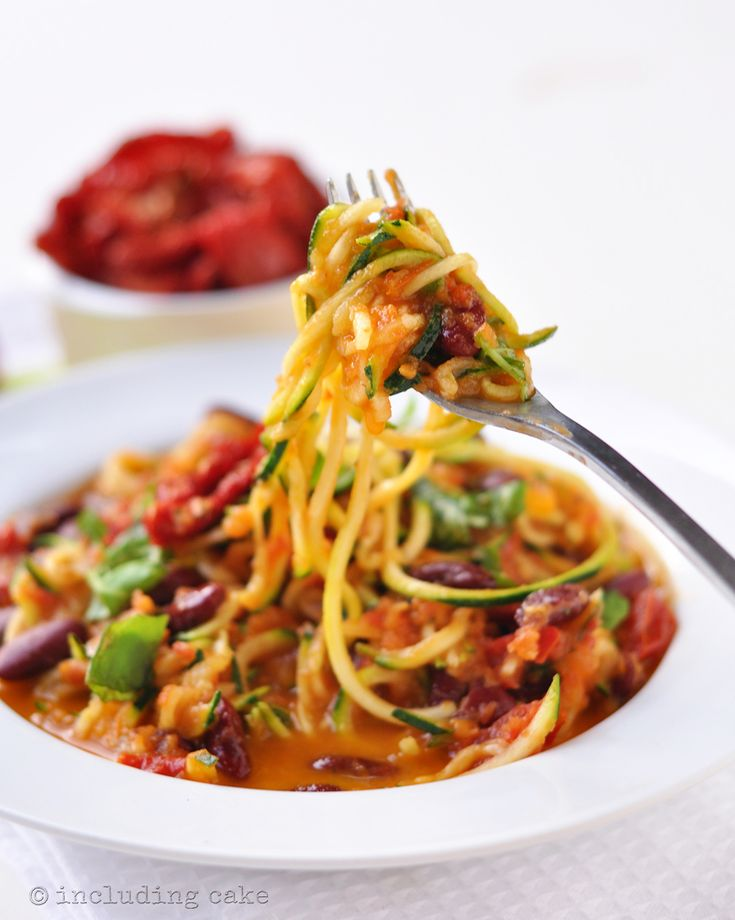 Double tomato courgetti spaghetti — Including Cake
