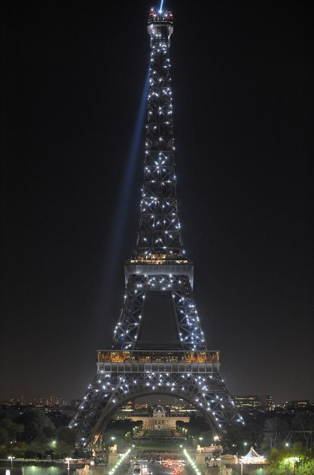 Celebrating New Year's in Paris: Parties, Traditions, Parades, and More