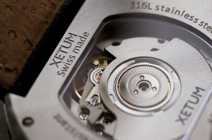 Xetum men's watches: Tyndall, exhibition caseback