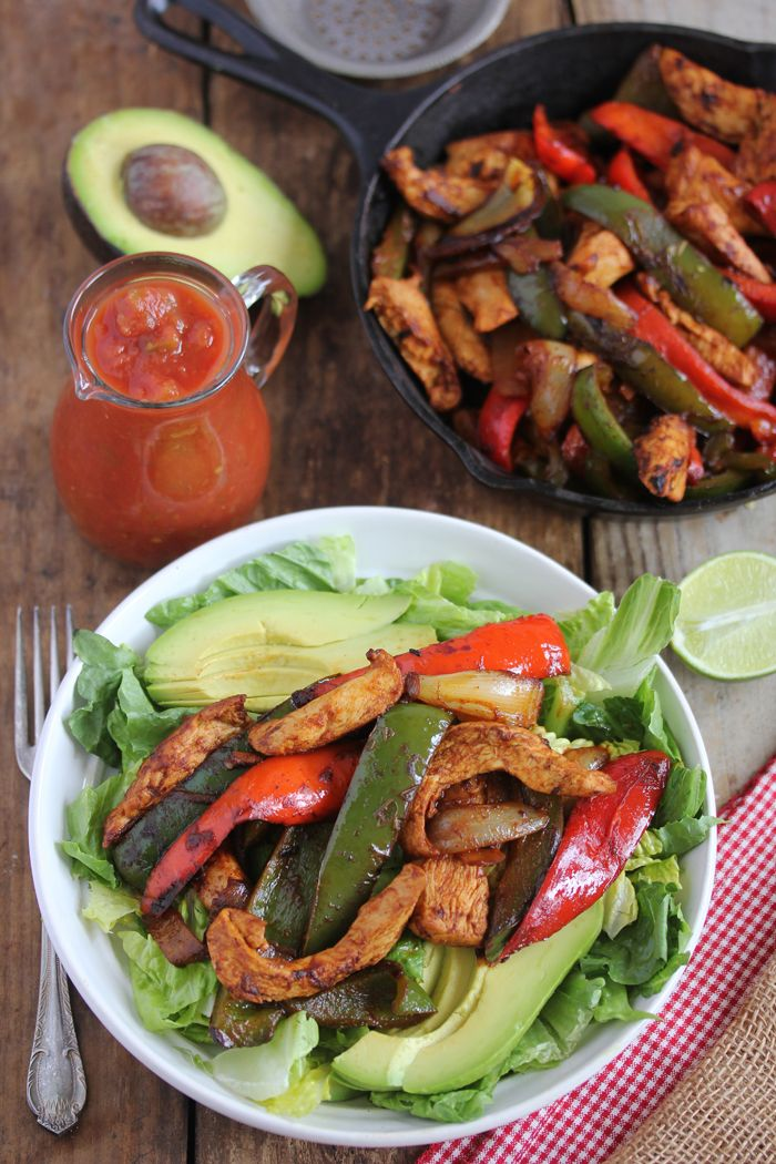 Chicken fajita salad | lexi's clean kitchen