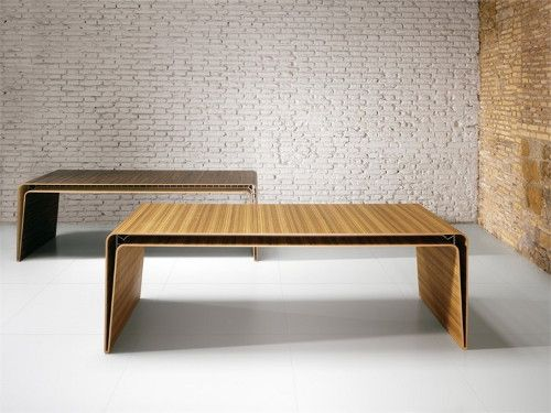 A traditional material with a modern twist, this minimalist wood desk by Italian furniture firm Haworth is a study in style! Designers Massimiliano and Doriana Fuksas created the Mumbai...