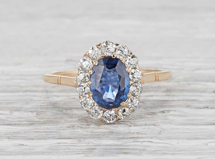 1.20 Carat Victorian Sapphire Antique Engagement Ring  || Erstwhile