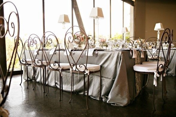 wedding-table-decor-trendy-settings