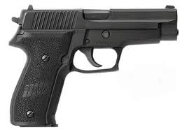 Sig Sauer P226 9mm. Had this one too :): Revolvers,  Six-Gun,  Six-Shoot