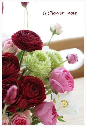 『【今日の贈花】踊る?!ストロベリーキャンドル』 http://ameblo.jp/flower-note/entry-11542031537.html