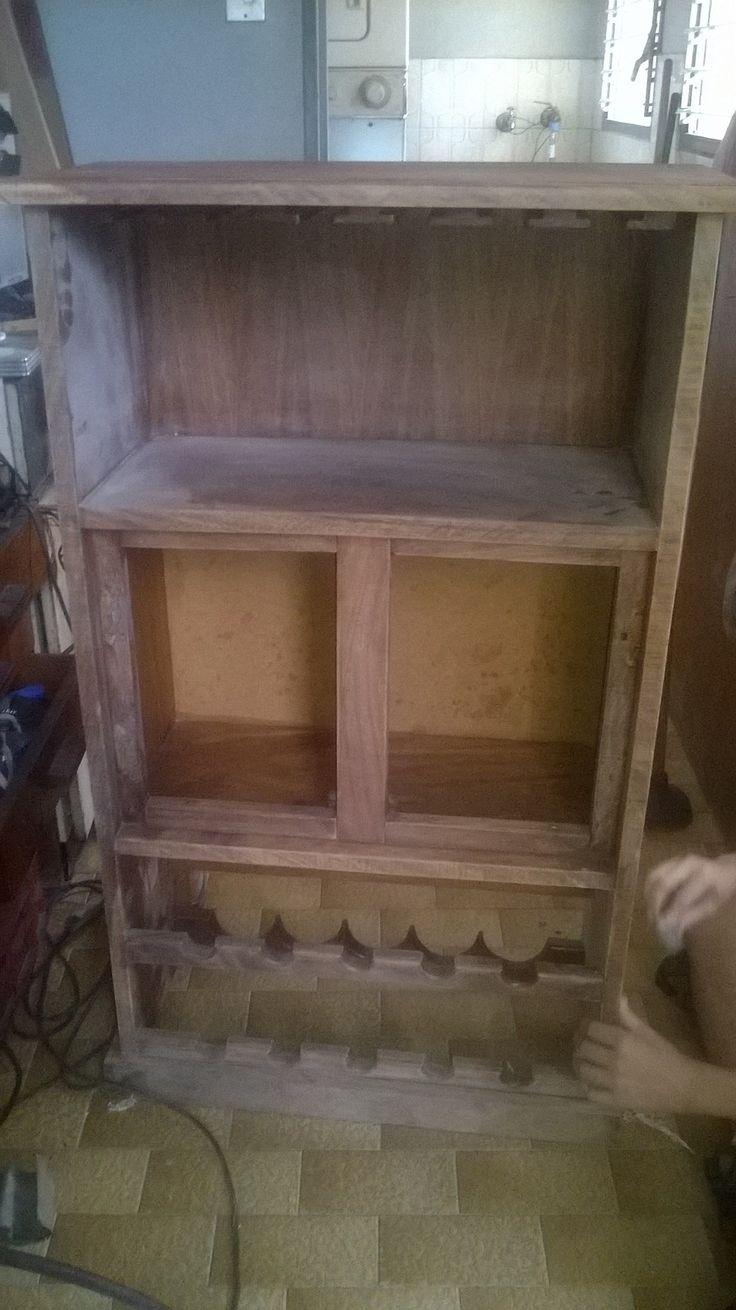 Mueble de Magdaleno durante la restauración, estaba en mar estado ademas de no tener delicadeza en el acabado