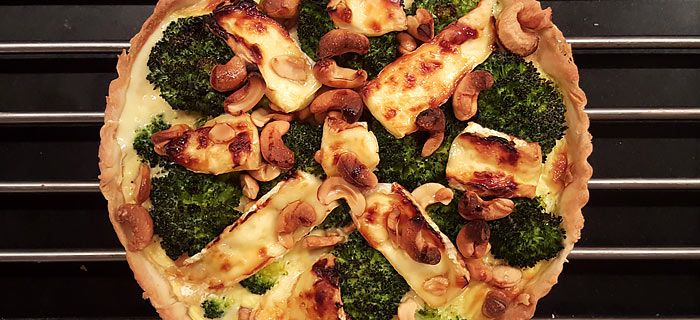 Quiche met broccoli, cashewnoten en brie