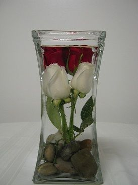 Best 25 Submerged Flower Centerpieces Ideas On Pinterest