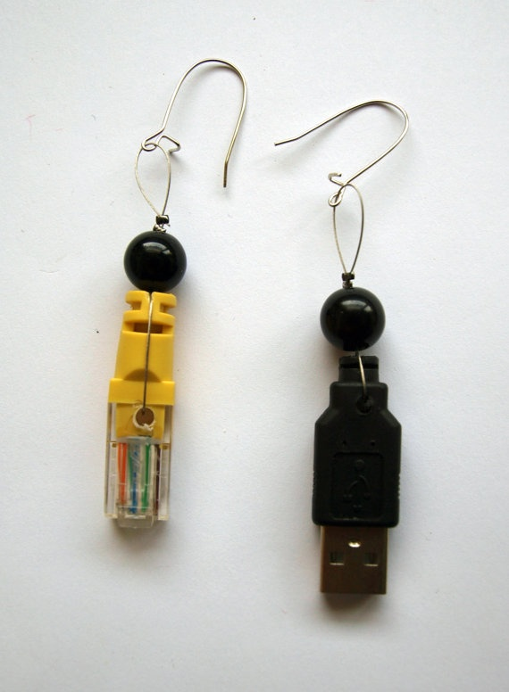 ECO Upcycled USB Black and Yellow Earrings by fauxvijoux on Etsy, €6.30