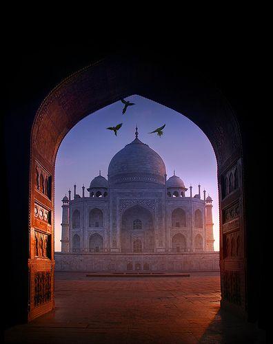Taj Mahal, India--a UNESCO World Heritage Site /photograph by © Devilz Haircut/Jean-Francois Mignault