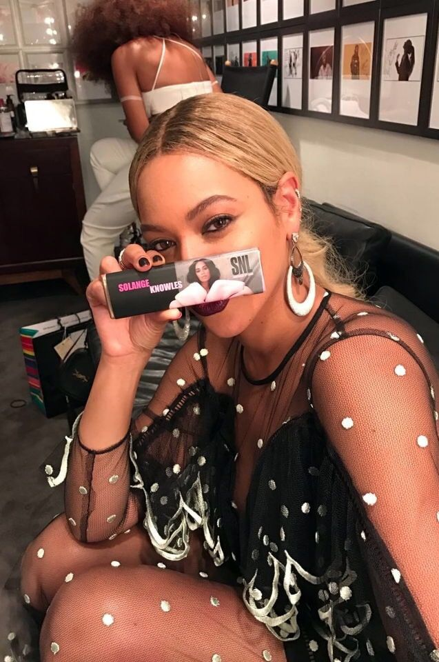 Beyoncé backstage supporting Solange at he SNL performances on November 5, 2016 in New York City.