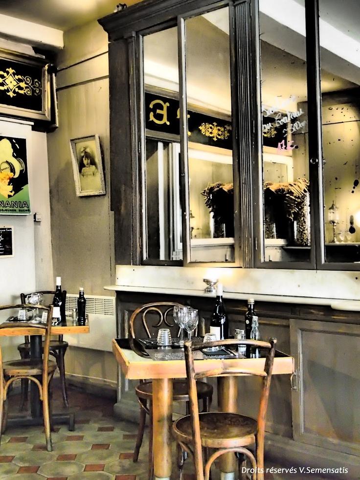 cuisine fa on bistrot d coration cuisine bistrot pinterest vitrine magasin decoration. Black Bedroom Furniture Sets. Home Design Ideas