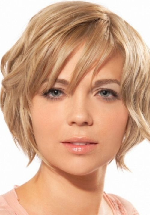 short wavy hairstyles for round faces…