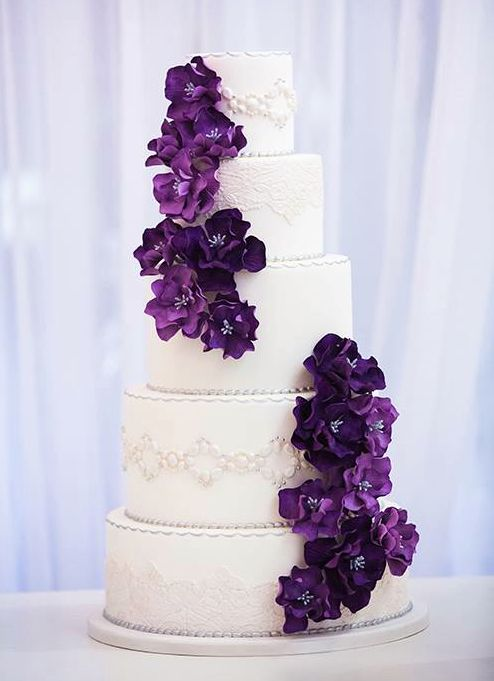 Daily Wedding Cake Inspiration. To see more: http://www.modwedding.com/2014/08/19/daily-wedding-cake-inspiration-8/ #wedding #weddings #wedding_cake Featured Wedding Cake: Luisa Galuppo Cakes; #Purple Weddings // Aisle Perfect