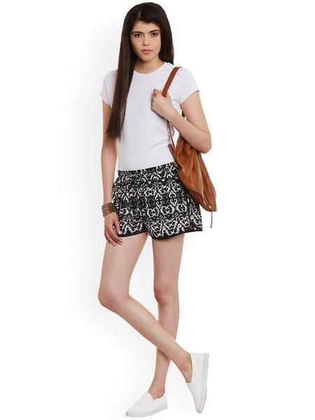 LadyIndia.com #Shorts, Women Black & White Printed Crepe Regular Fit Shorts - Women Western Wear, Shorts, Women Shorts, Denim Shorts, Western Wear, https://ladyindia.com/collections/western-wear/products/women-black-white-printed-crepe-regular-fit-shorts-women-western-wear?variant=30293259597