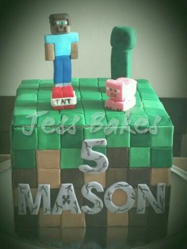 Minecraft cake with Steve,  creeper and pig. Fondant decorations. Handmade by Jess Bakes www.jessbakes.net