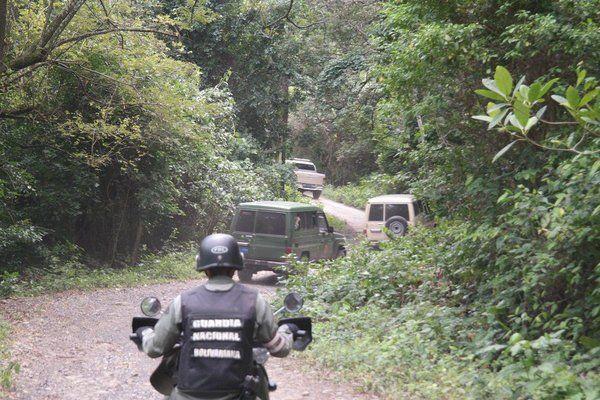 Autoridades fronterizas en alerta por circulación de panfletos con amenazas - http://wp.me/p7GFvM-D6R
