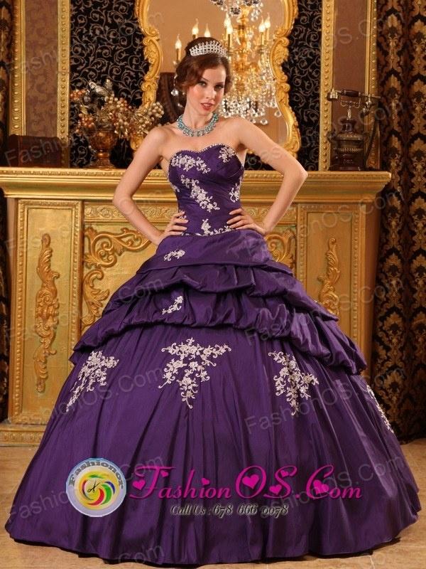 200 best Quinceanera dresses images on Pinterest | Princess fancy ...