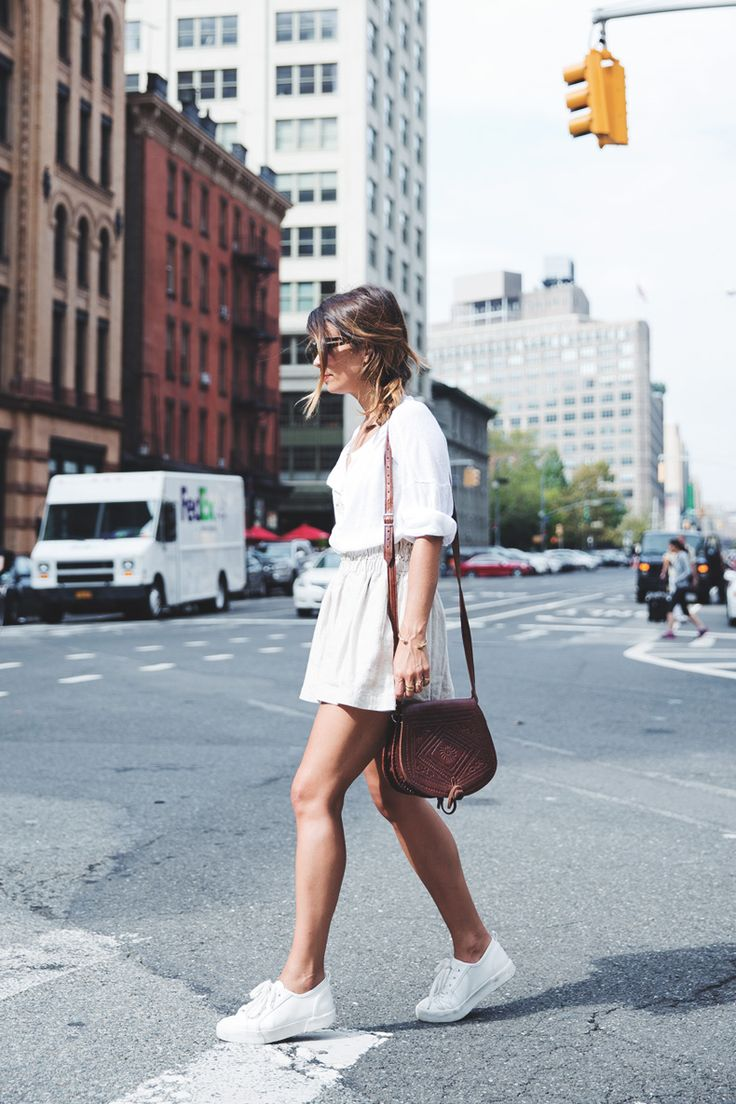 GhostBusters_Firestation-New_York-Shorts-Sneakers-Bersha-Outfit-NYFW-Fishbraid-22