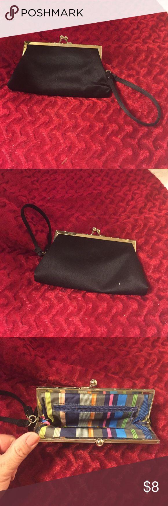 Wristlet purse Women's wristlet black purse. Non-brand. In good condition Bags Clutches & Wristlets