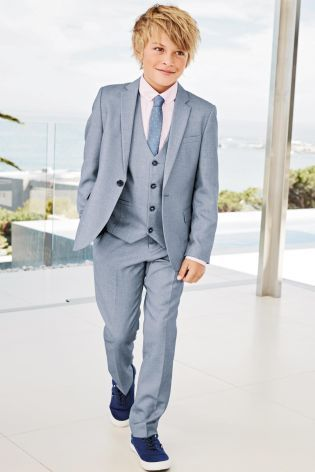 Your little one's wedding attire sorted thanks to our blue chambray suit