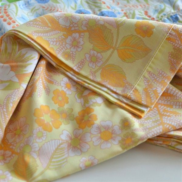 taie traversin jaune orange vintage  -deco-graphic.com