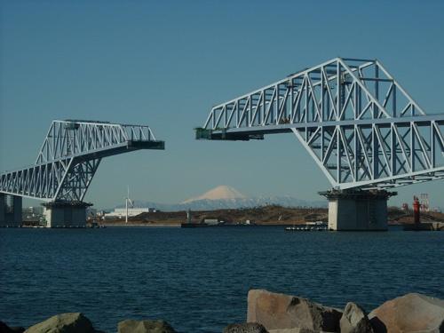 Tokyo Gate Bridge (will open on Feb. 12, 2012)