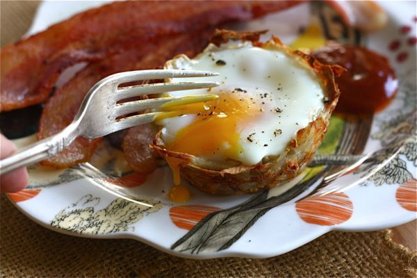 Egg and Cheese Hash Brown Nest